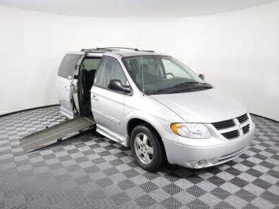 2005 Dodge Grand Caravan Wheelchair Van For Sale