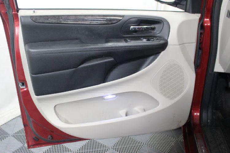 2014 Dodge Grand Caravan SE Wheelchair Van For Sale #12