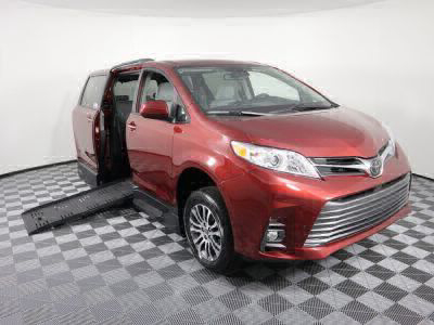 New Wheelchair Van for Sale - 2020 Toyota Sienna XLE Wheelchair Accessible Van VIN: 5TDYZ3DC3LS032084