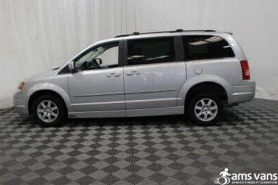 2010 Chrysler Town and Country Wheelchair Van For Sale -- Thumb #6