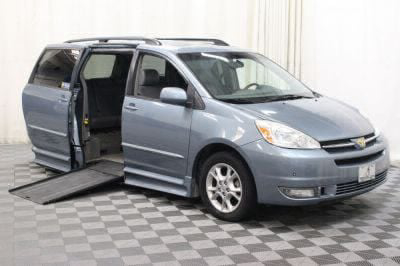 2004 Toyota Sienna Wheelchair Van For Sale