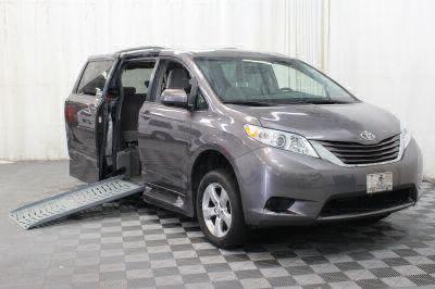 Used 2015 Toyota Sienna LE Wheelchair Van