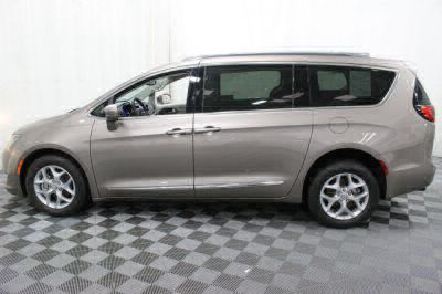 2017 Chrysler Pacifica Wheelchair Van For Sale -- Thumb #22