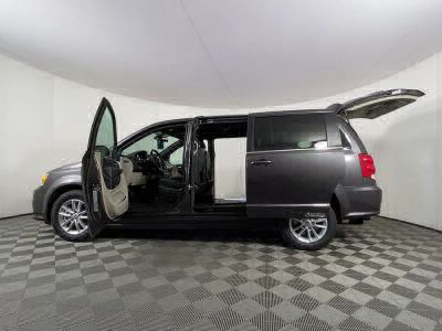Handicap Van for Sale - 2019 Dodge Grand Caravan SXT Wheelchair Accessible Van VIN: 2C4RDGCGXKR759891