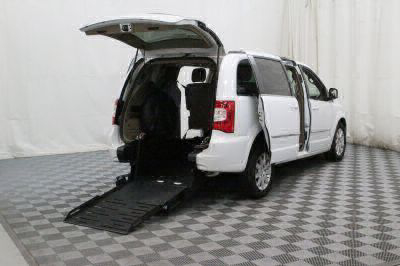 Commercial Wheelchair Vans for Sale - 2016 Chrysler Town & Country Touring ADA Compliant Vehicle VIN: 2C4RC1BG3GR187927