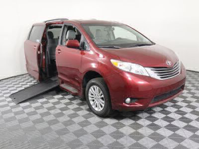 Used Wheelchair Van for Sale - 2015 Toyota Sienna XLE 8-Passenger Wheelchair Accessible Van VIN: 5TDYK3DC0FS567138