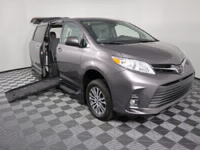 New Wheelchair Van for Sale - 2019 Toyota Sienna XLE Wheelchair Accessible Van VIN: 5TDYZ3DC6KS010000