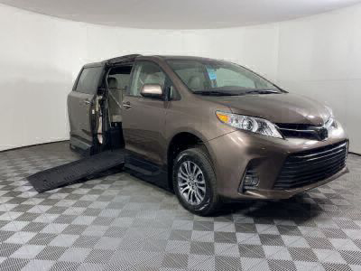 Handicap Van for Sale - 2020 Toyota Sienna XLE Wheelchair Accessible Van VIN: 5TDYZ3DC6LS044522