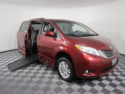 Used Wheelchair Van for Sale - 2017 Toyota Sienna XLE Wheelchair Accessible Van VIN: 5TDYZ3DC6HS814211