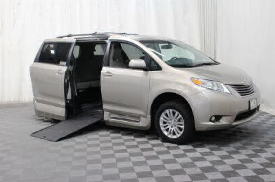Commercial Wheelchair Vans for Sale - 2017 Toyota Sienna XLE ADA Compliant Vehicle VIN: 5TDYZ3DC5HS854943