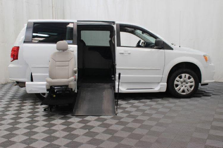 2015 Dodge Grand Caravan SE Wheelchair Van For Sale #16
