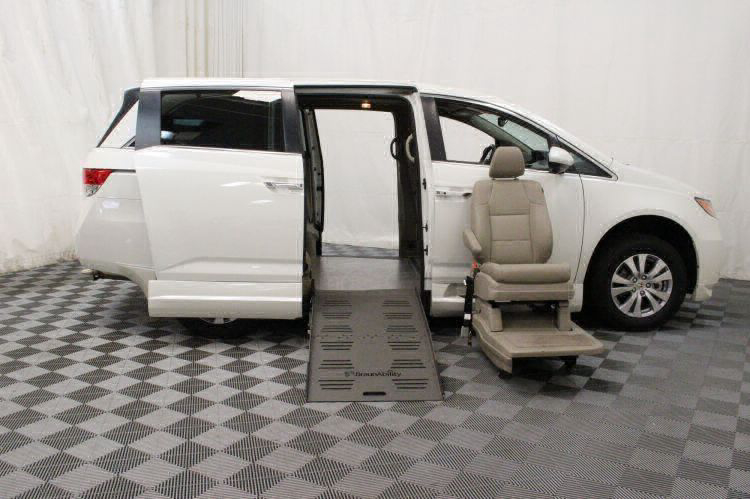 2016 Honda Odyssey EX-L Wheelchair Van For Sale #7
