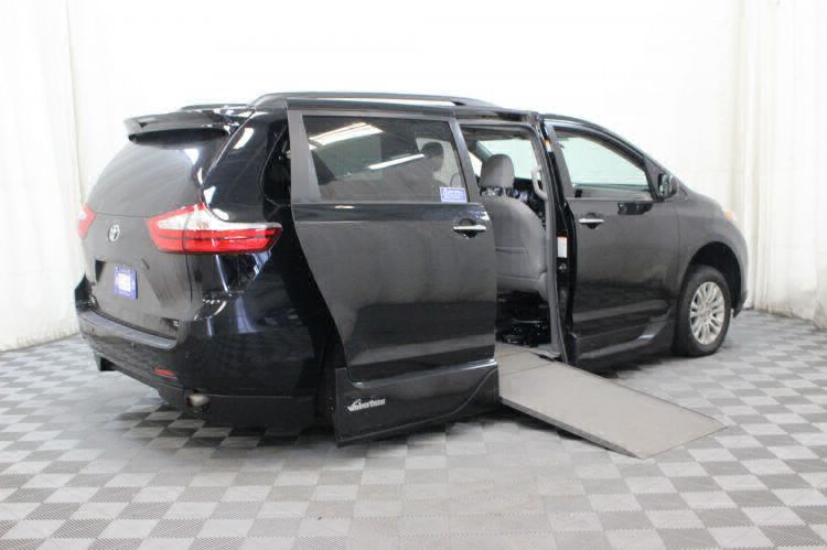2016 Toyota Sienna XLE Wheelchair Van For Sale #3