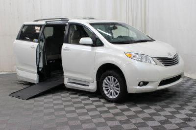 Used 2017 Toyota Sienna XLE Wheelchair Van