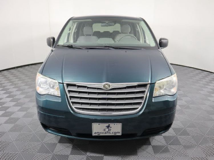 2009 Chrysler Town and Country LX Wheelchair Van For Sale #28