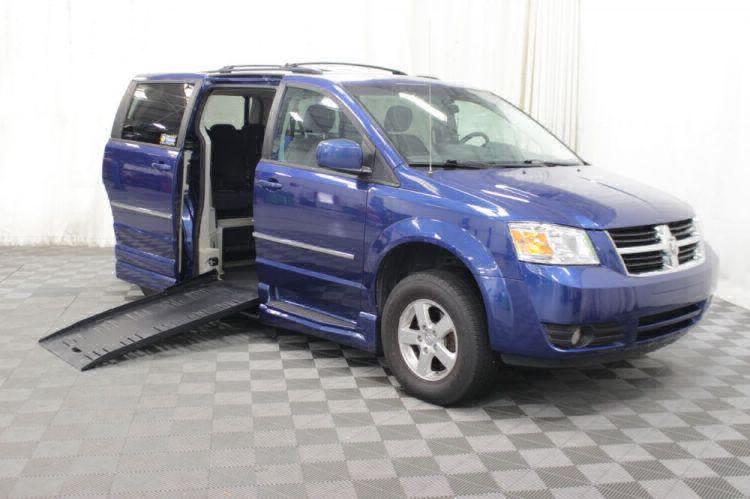 2010 Dodge Grand Caravan SXT Wheelchair Van For Sale #2