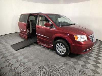 Handicap Van for Sale - 2016 Chrysler Town & Country Touring Wheelchair Accessible Van VIN: 2C4RC1BG6GR142139