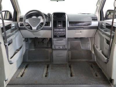 2010 Dodge Grand Caravan Wheelchair Van For Sale -- Thumb #19