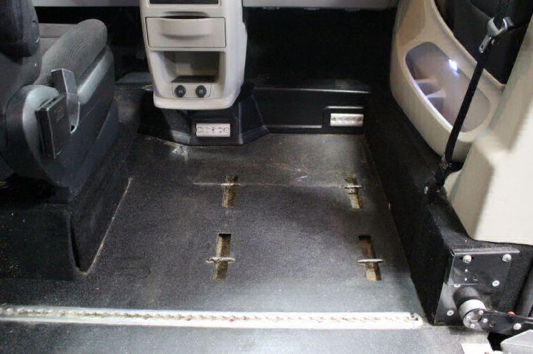 2013 Dodge Grand Caravan SXT Wheelchair Van For Sale #18
