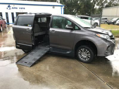 New Wheelchair Van for Sale - 2019 Toyota Sienna XLE Wheelchair Accessible Van VIN: 5TDYZ3DC7KS005355