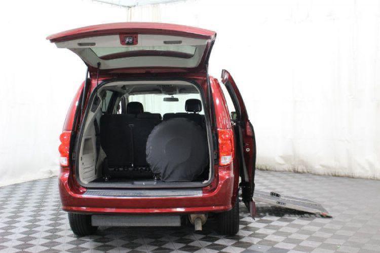 2014 Dodge Grand Caravan SXT Wheelchair Van For Sale #5