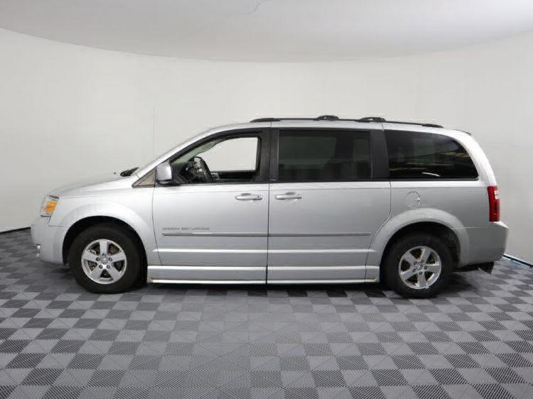 2010 Dodge Grand Caravan SXT Wheelchair Van For Sale #28