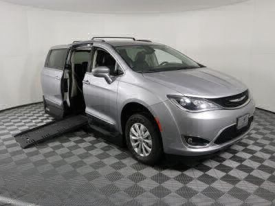 New Wheelchair Van for Sale - 2018 Chrysler Pacifica Touring L Wheelchair Accessible Van VIN: 2C4RC1BG0JR110228