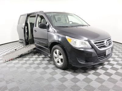 Used Wheelchair Van for Sale - 2009 Volkswagen Routan SE Wheelchair Accessible Van VIN: 2V8HW34199R553842