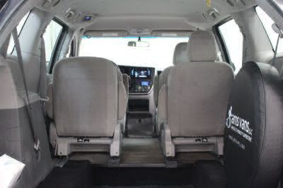 2016 Toyota Sienna Wheelchair Van For Sale -- Thumb #8