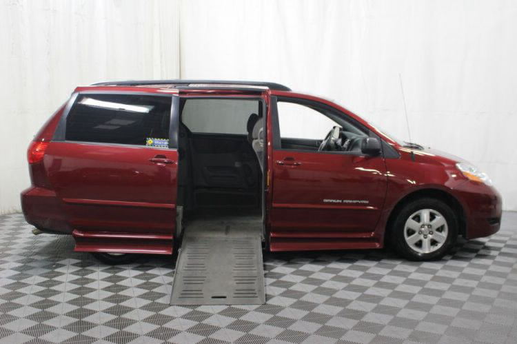 2010 Toyota Sienna LE Wheelchair Van For Sale #2
