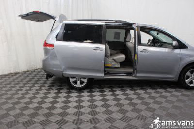 2011 Toyota Sienna Wheelchair Van For Sale -- Thumb #7