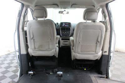 2015 Dodge Grand Caravan Wheelchair Van For Sale -- Thumb #15