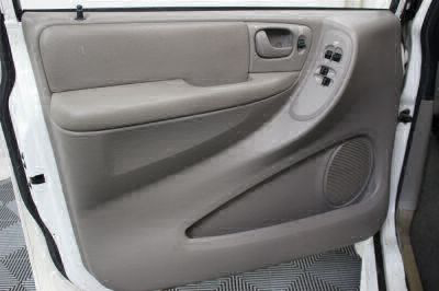 2002 Dodge Grand Caravan Wheelchair Van For Sale -- Thumb #30
