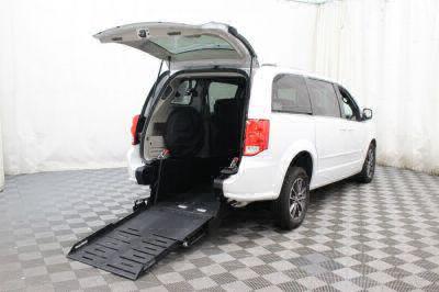 Commercial Wheelchair Vans for Sale - 2017 Dodge Grand Caravan SXT ADA Compliant Vehicle VIN: 2C4RDGCG9HR672959