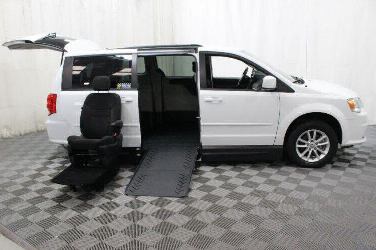 2016 Dodge Grand Caravan SXT Wheelchair Van For Sale #9