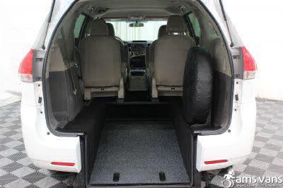 2013 Toyota Sienna Wheelchair Van For Sale -- Thumb #3