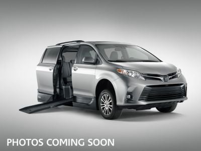 Handicap Van for Sale - 2019 Toyota Sienna LE Wheelchair Accessible Van VIN: 5TDKZ3DC9KS992210