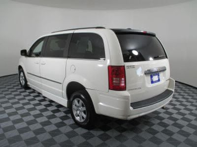 2010 Chrysler Town and Country Wheelchair Van For Sale -- Thumb #16