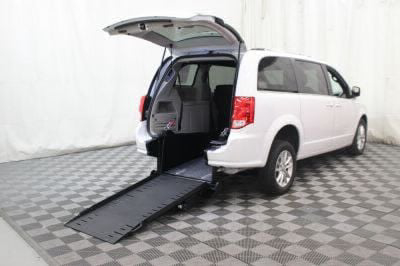 Commercial Wheelchair Vans for Sale - 2019 Dodge Grand Caravan SXT ADA Compliant Vehicle VIN: 2C4RDGCG1KR513070