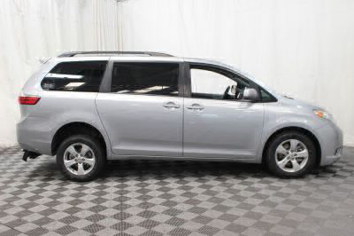 2015 Toyota Sienna Wheelchair Van For Sale -- Thumb #20