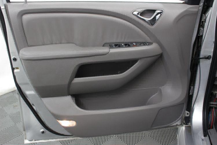 2010 Honda Odyssey EX-L w/DVD Wheelchair Van For Sale #12