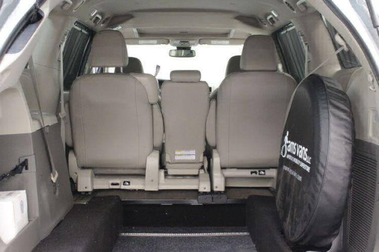 2019 Toyota Sienna XLE Wheelchair Van For Sale #12
