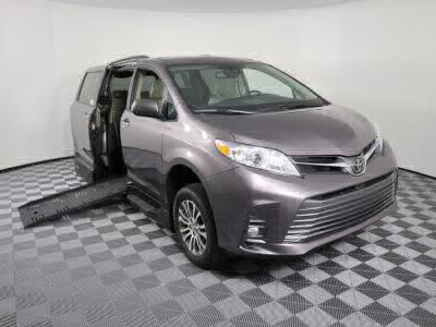 Handicap Van for Sale - 2019 Toyota Sienna XLE Wheelchair Accessible Van VIN: 5TDYZ3DC0KS004113