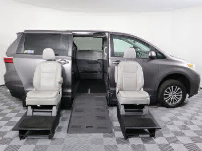 Handicap Van for Sale - 2019 Toyota Sienna XLE Wheelchair Accessible Van VIN: 5TDYZ3DC2KS969958