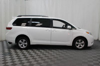 2015 Toyota Sienna Wheelchair Van For Sale -- Thumb #28