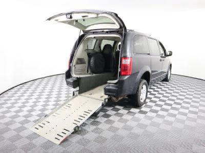 Used Wheelchair Van for Sale - 2010 Dodge Grand Caravan SXT Wheelchair Accessible Van VIN: 2D4RN5D16AR433731