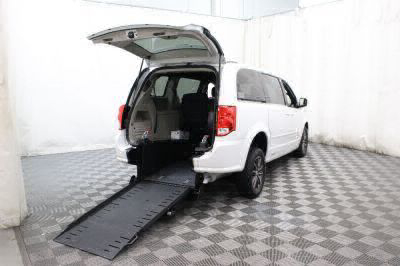Commercial Wheelchair Vans for Sale - 2017 Dodge Grand Caravan SXT ADA Compliant Vehicle VIN: 2C4RDGCG1HR806752