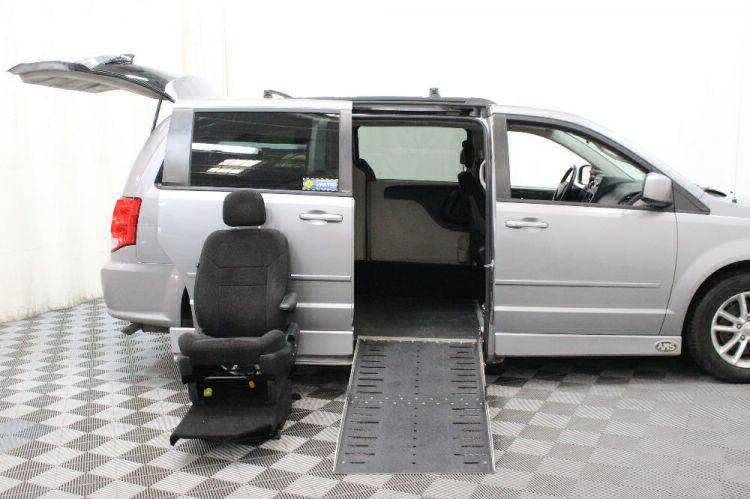 2013 Dodge Grand Caravan SXT Wheelchair Van For Sale #11