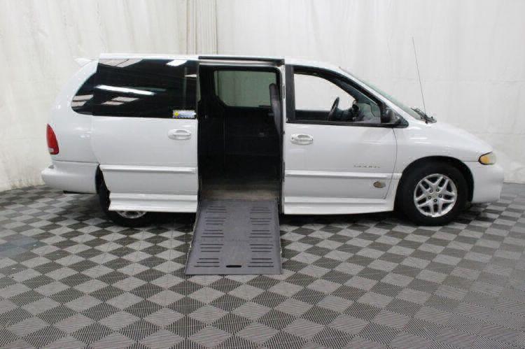 2000 Dodge Grand Caravan SE Wheelchair Van For Sale #2