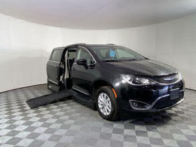 New Wheelchair Van for Sale - 2019 Chrysler Pacifica Touring L Wheelchair Accessible Van VIN: 2C4RC1BG8KR651786